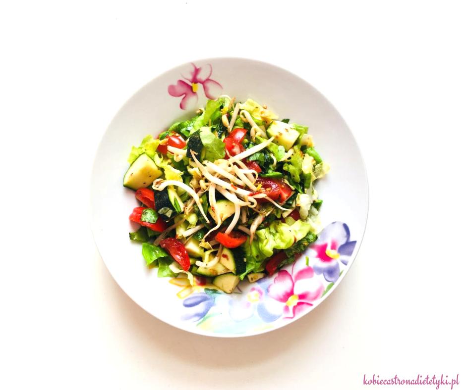 salatka-azjatycka-nuta